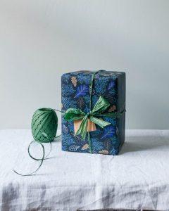 Hand drawn oak leaf wrapping paper